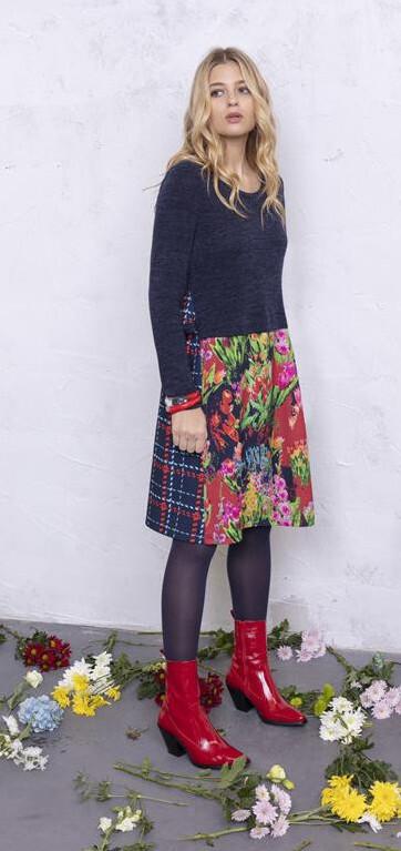 Maloka: Belle Epoque Art Flared Sweater Dress MK_EMBER
