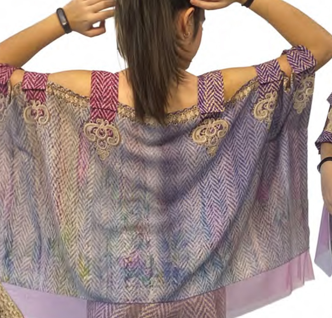 IPNG: Mood Of Flavour Shawl Blouse