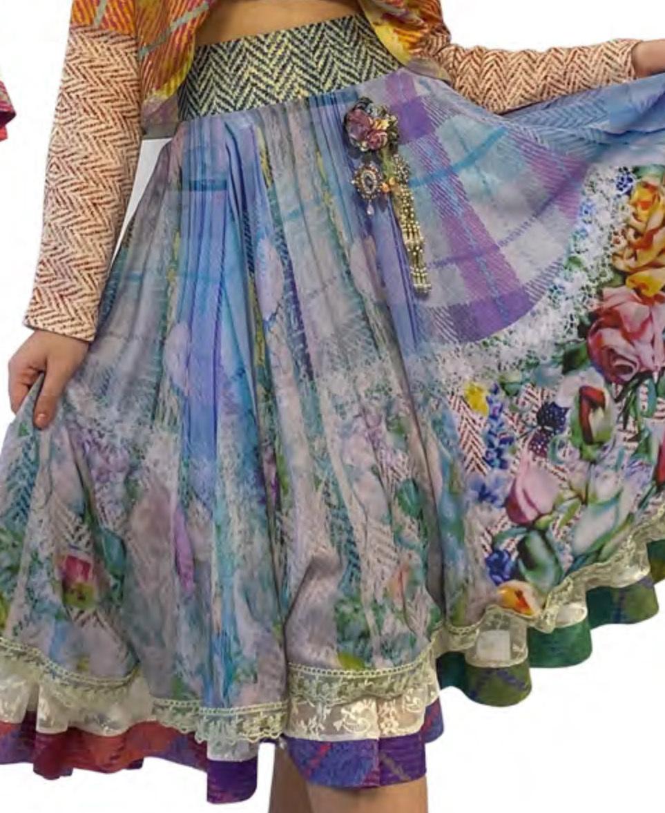 IPNG: Mood Of Flavour Chiffon Midi Illusion Skirt