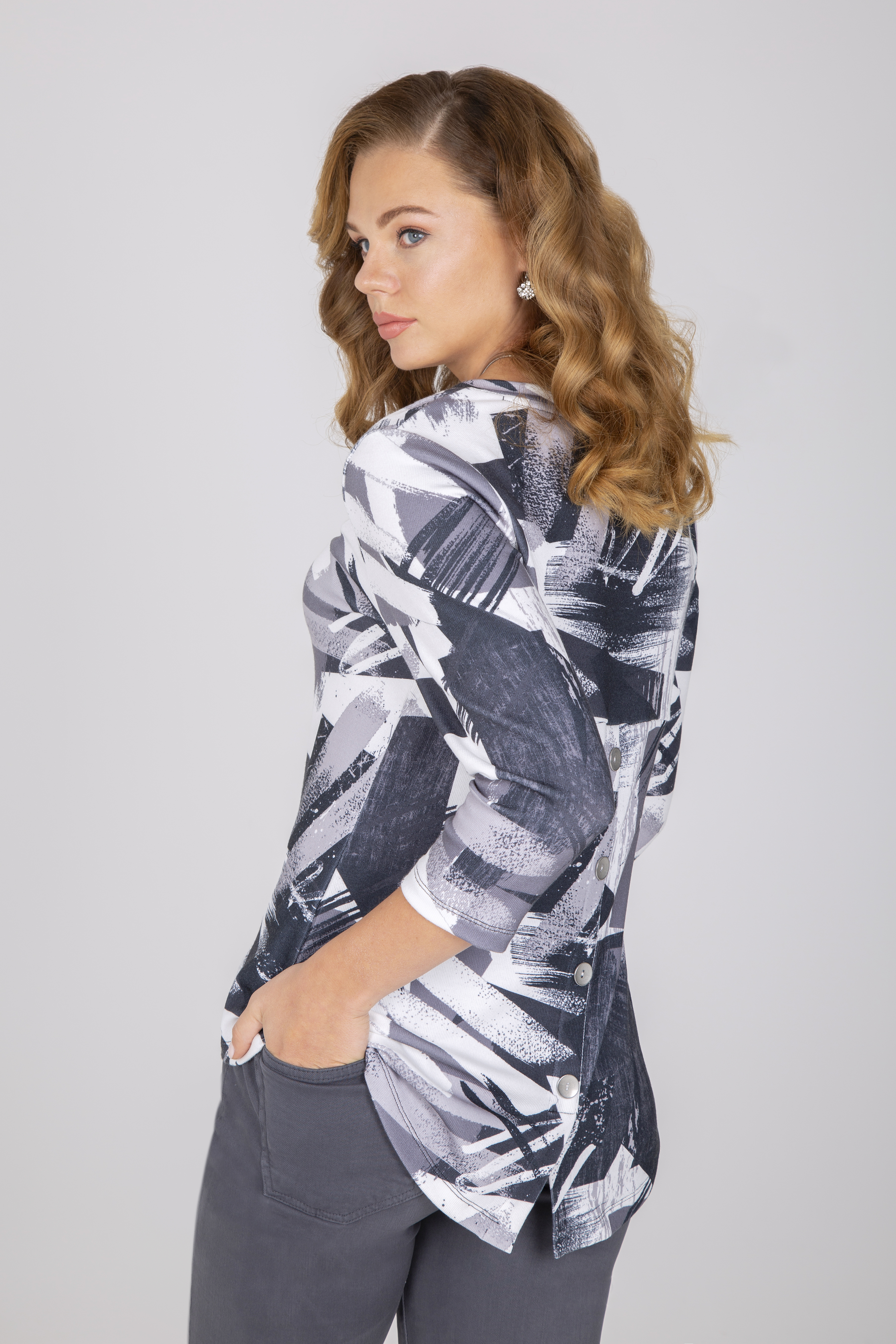 Simply Art Dolcezza: High Low Back Buttoned Abstract Layer No. 3 Art Tunic SimplyArt_Dolcezza_71651