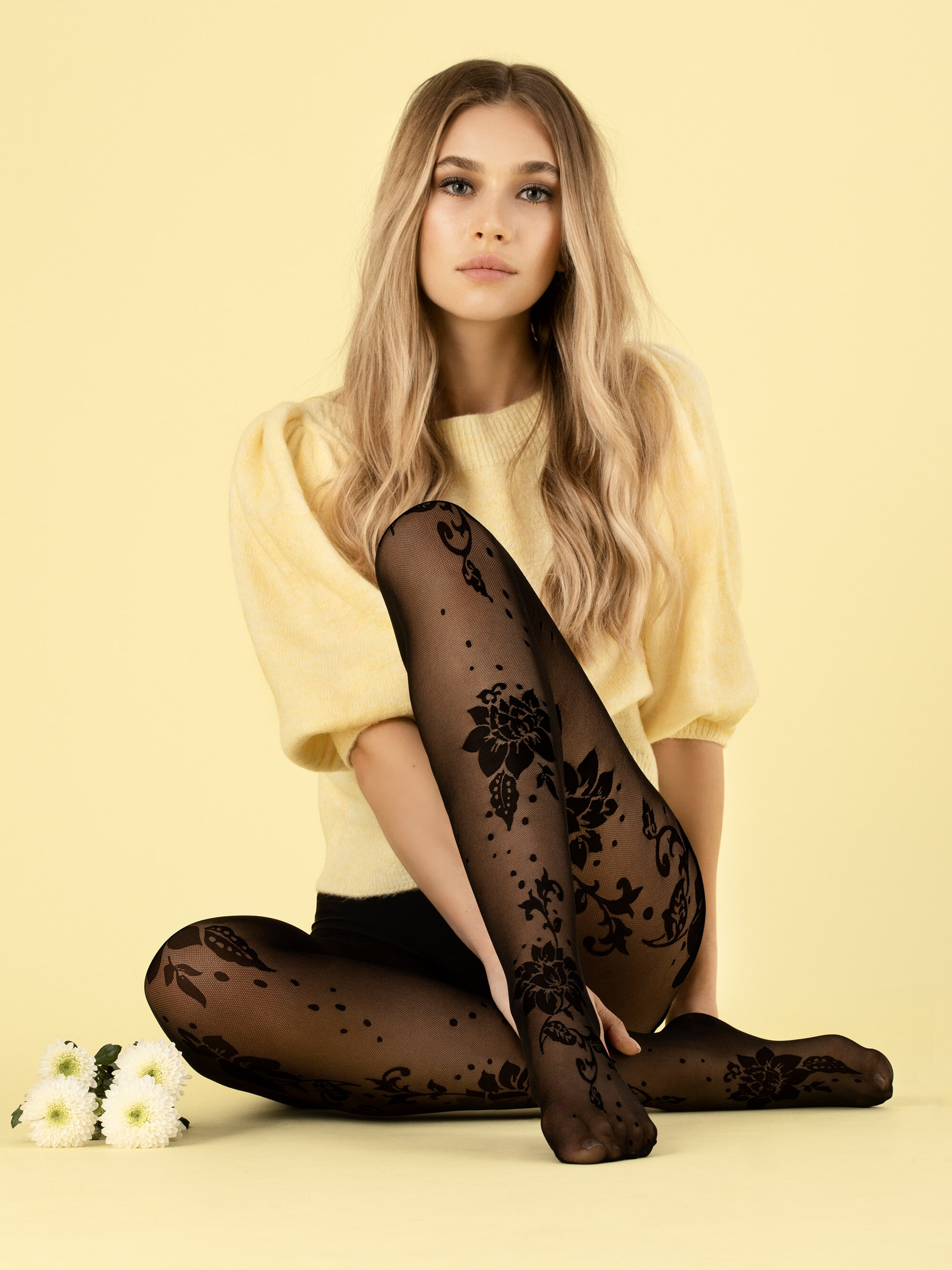 Fiore: Lotus In Love 3D Pattern Tights FIO_SHARON