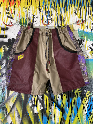Anytime Shorts Sz. M Beige/Maroon/Tru Timber