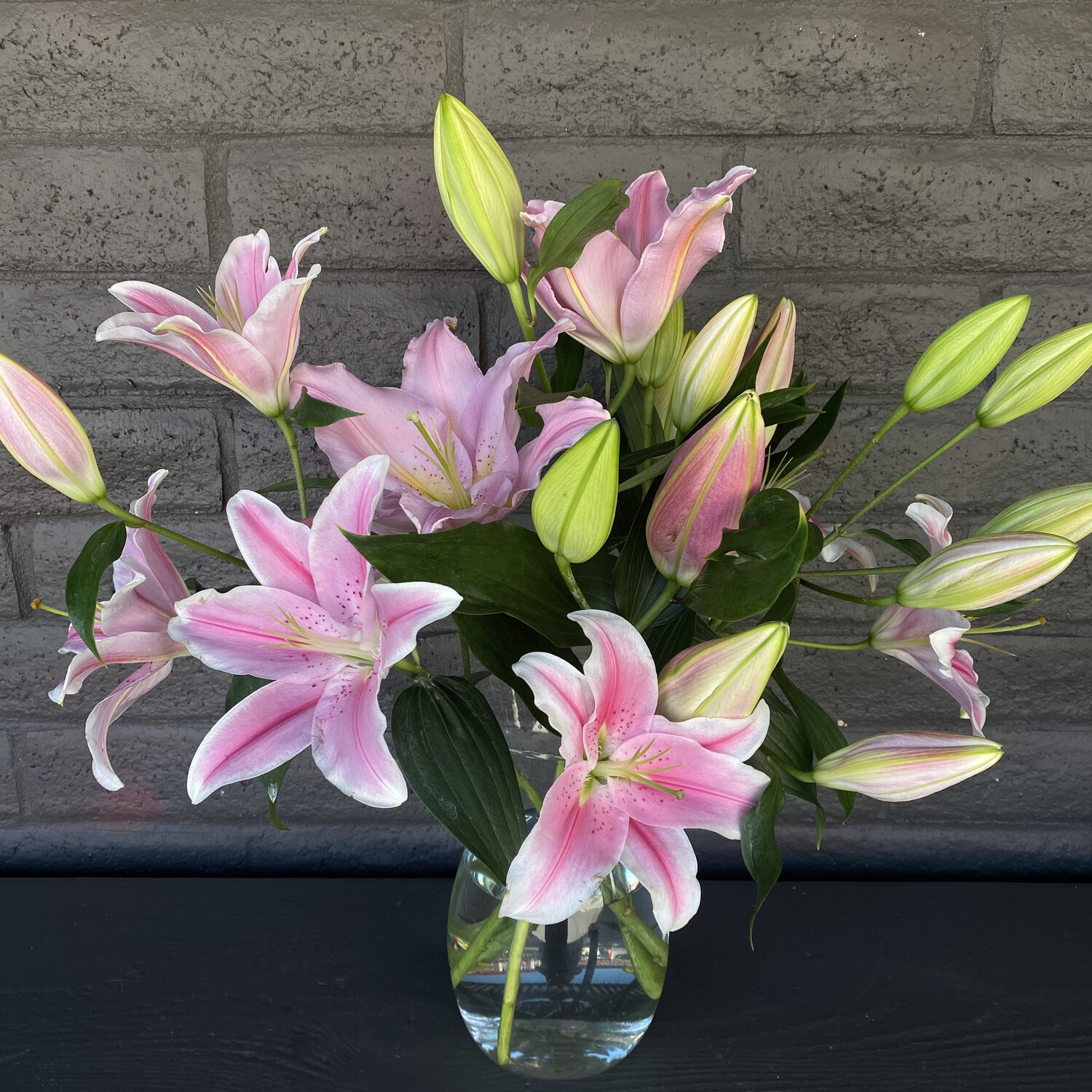 LOCAL LILIES: PINK