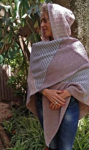 Hilda Steyns - Wacky Weave La Loba Cape