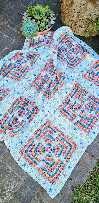 HARLEQUIN Blanket designed by Annamarie Esterhuizen