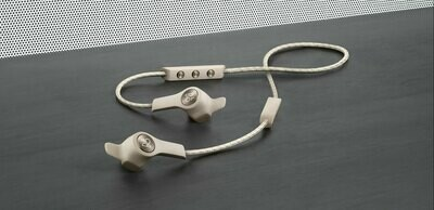 Beoplay E6 SAND