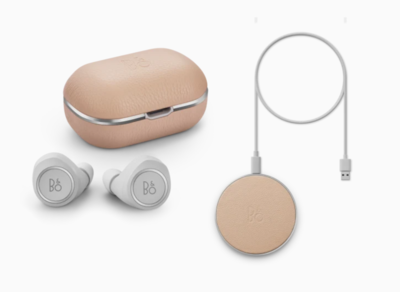 Beoplay E8 2.0 inkl. Qi-Ladepad, NATURAL