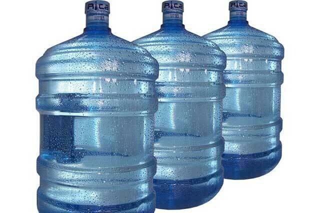 Garrafones de Cinco Galones  De Agua Alcalina