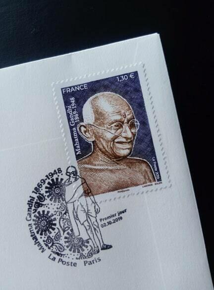 First day cover. Le timbre célébrant le 150e anniversaire du Mahatma Gandhi.