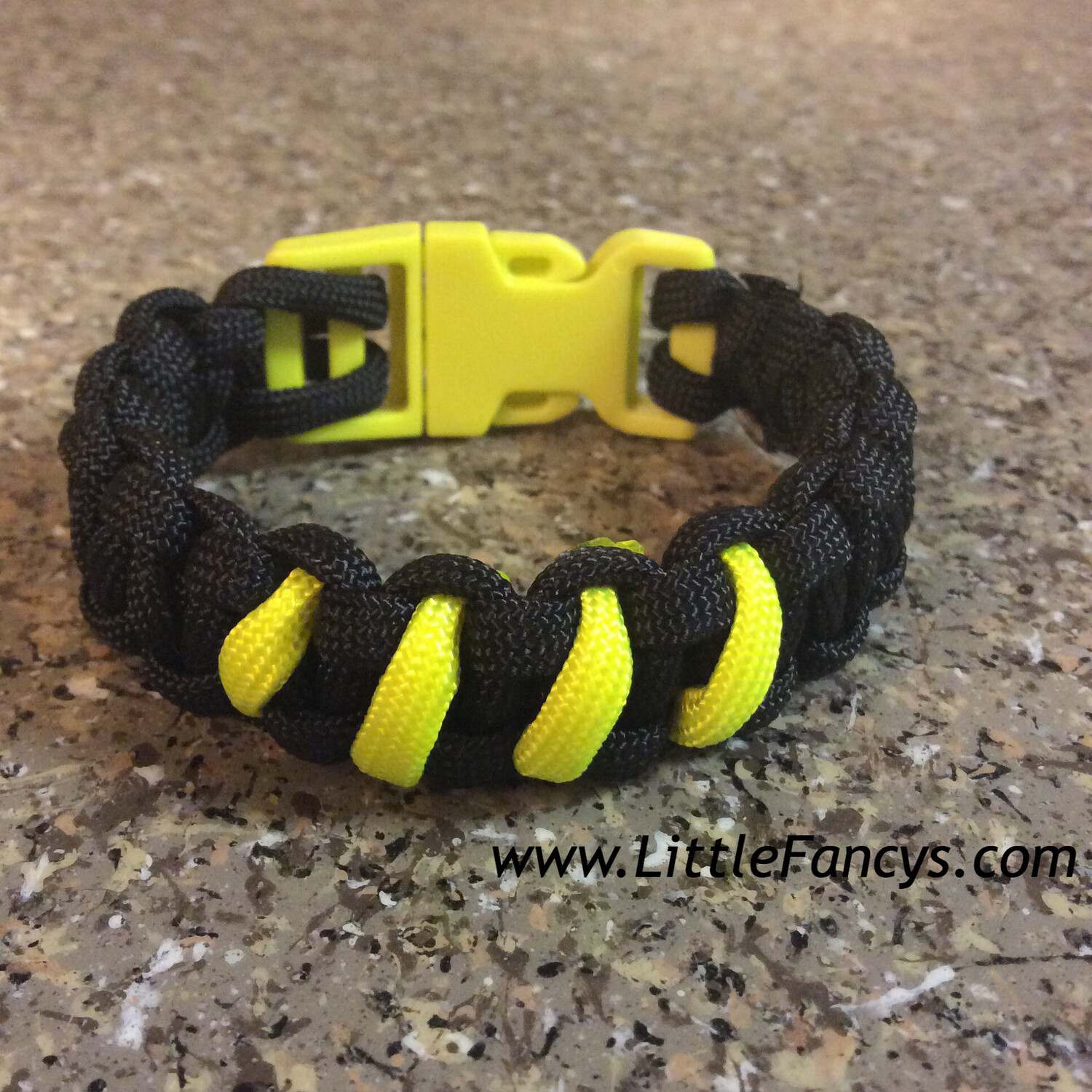 Black and Yellow 550 Paracord Bracelet
