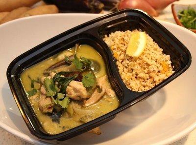 thai green curry chicken with cauliflower rice