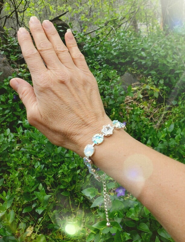 Stunning Seraphim Star White Light/Devic Crystal LOVE Bracelet/$144/$188 Angel Retreat Sale