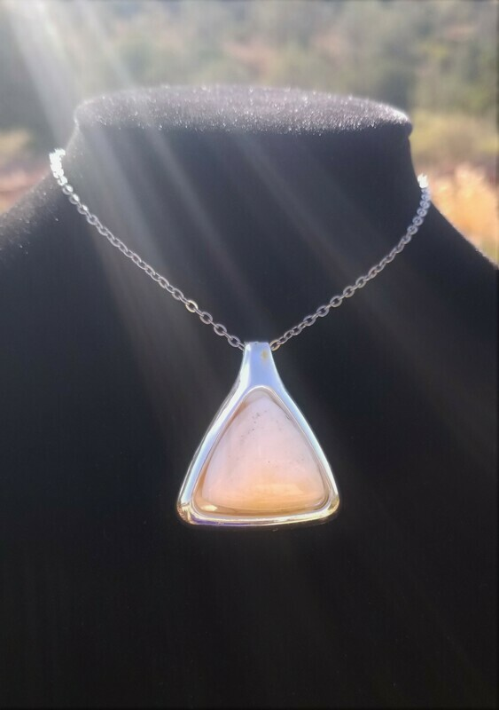 Beautiful {Sedona Magical Pyramid Power of Light}Sedona White light Crystal/$233/299.00