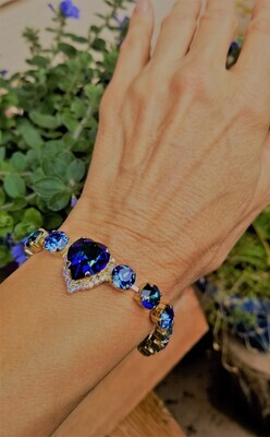 Stunning Rose Gold Gorgeous Heart of the Blue Ray/Devic Crystal LOVE Bracelet $188/$288 Retreat Sale