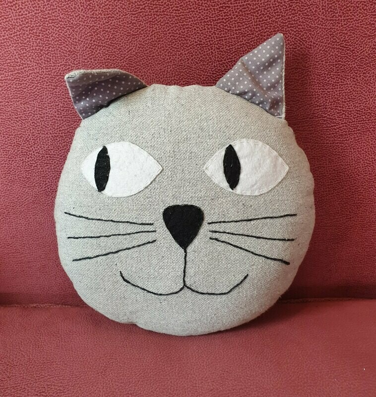 Toy: Large Cat Cushion