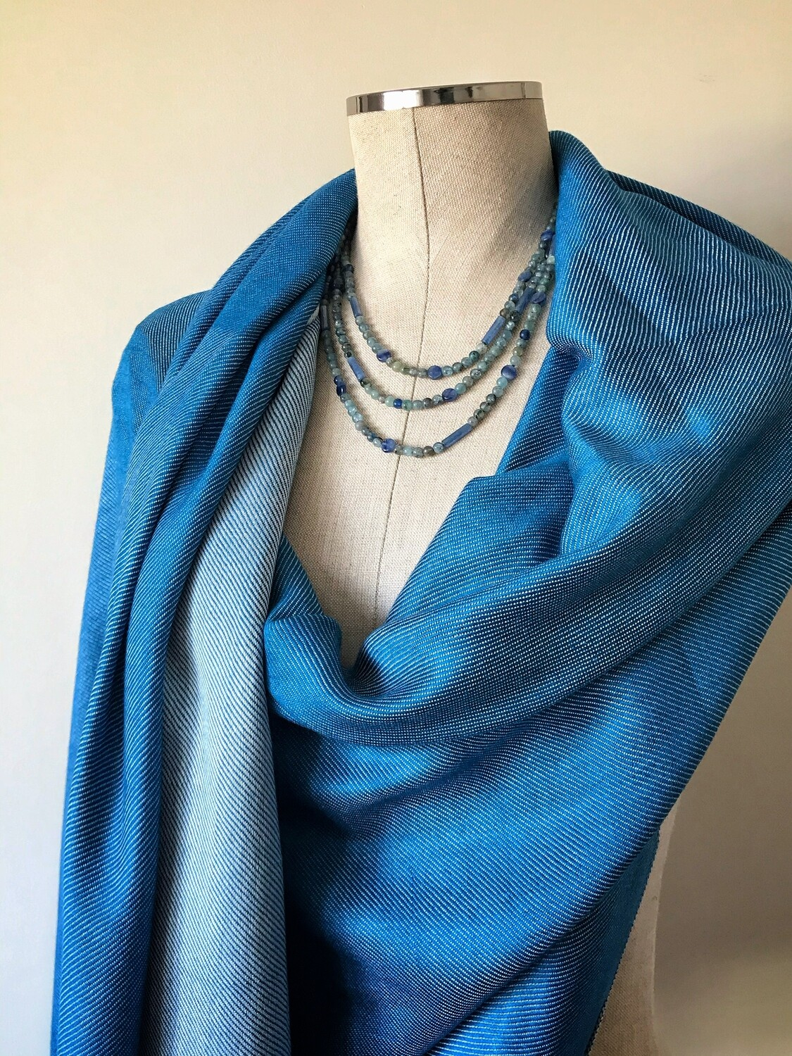 Doubleface Shawl Blue & White