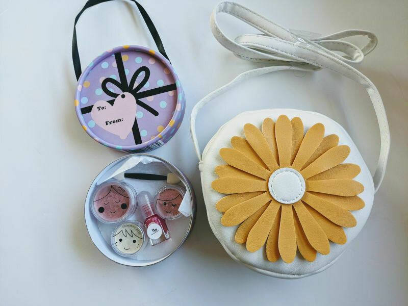 Play Makeup Gift Bag - Yellow Flower