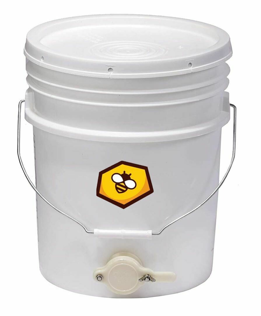 Plastic Honey Bucket Bucket with Honey Gate (5 Gallon)
