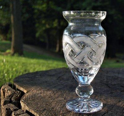 Celtic Chain Vase