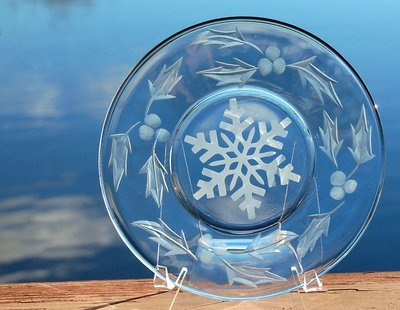 Holiday Plate - Snowflake