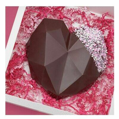 Chocolate en forma de corazon quebrable