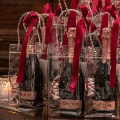 Bomboniera personalizzata (set da 6 bottiglie) 15152