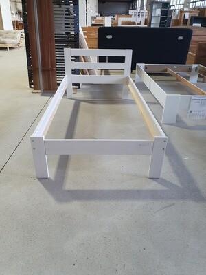 Massivholzbett Myhelden Möbel bei Witten 90x190 cm Megaoutlet %%%