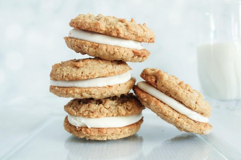 Oatmeal Cream Pies Dozen