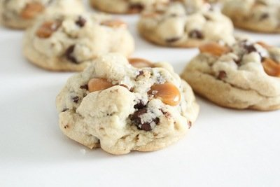Salted Caramel Chocolate Chip Pecan Cookies 2 Dozen