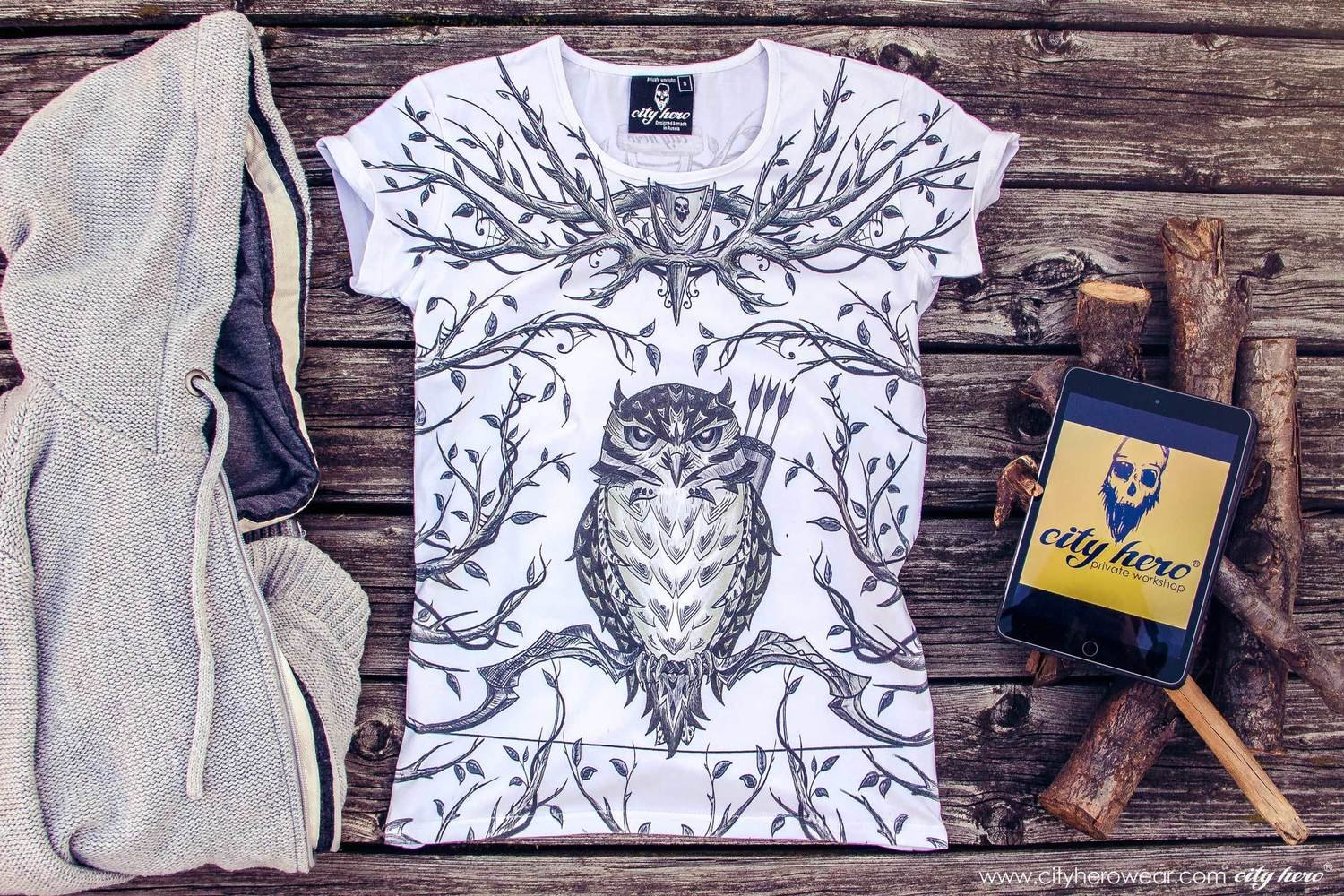 FOREST HUNTER [T-SHIRT WOMEN]