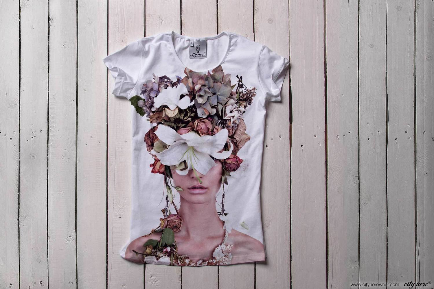 Floral dreams [T-SHIRT WOMEN]