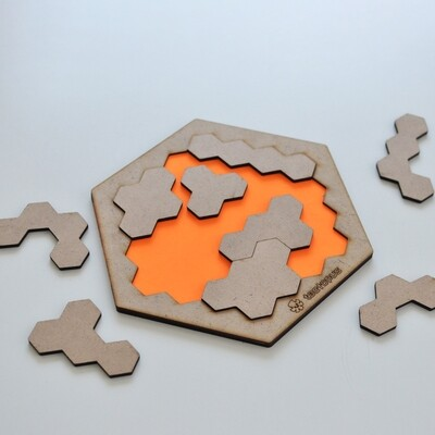 Hexagonal Tetromino Puzzle Board