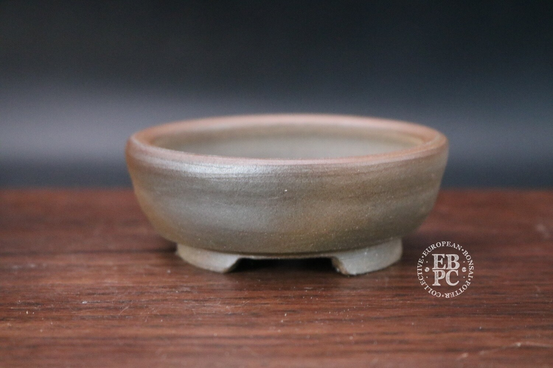 SOLD - Guerao; 8.6cm; Unglazed; Round; Small Shohin; Guerao Pot