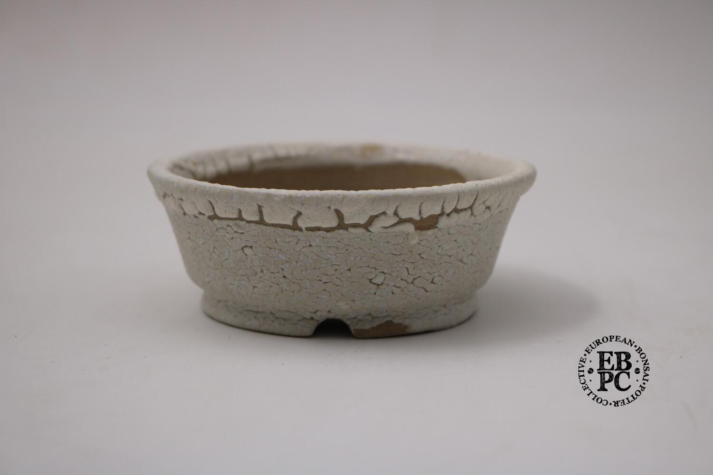 Terre en Vadrouille - 9.4cm; Round; Kairagi Yu; Crawling Glaze; Cream; White