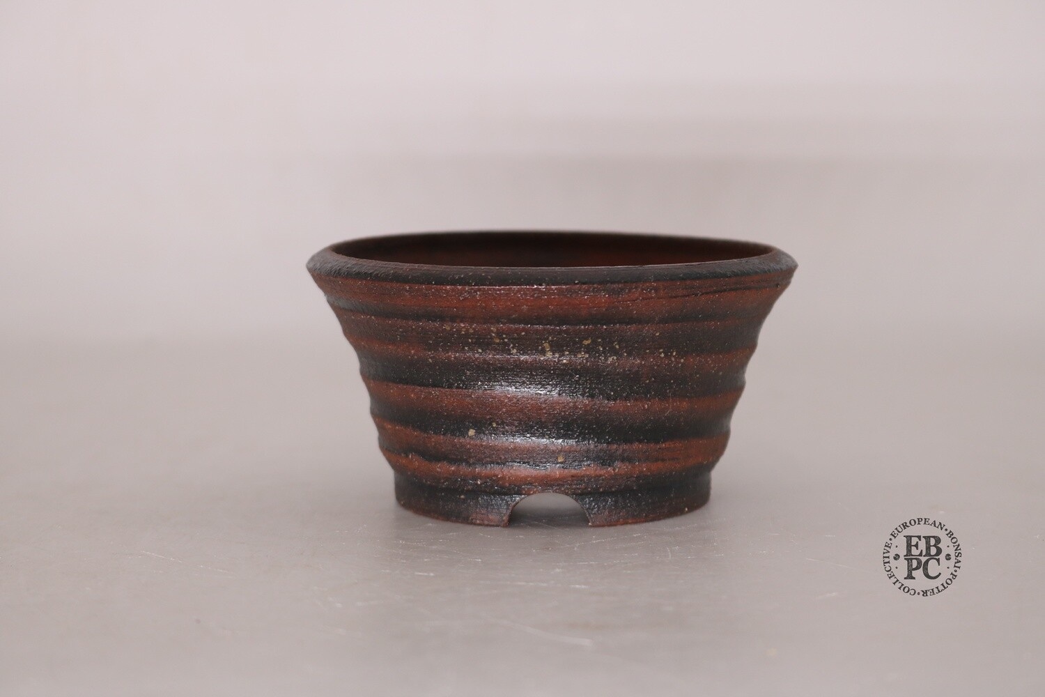 Gramming Pots - 11cm; Unglazed; Dual-Tone Design; Red and Brown Finish; Carved Feet; EBPC Stamped; Tomas Gramming