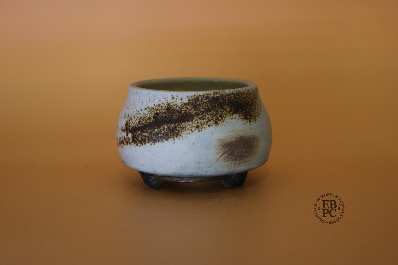 EBL Pots - 9cm; Porcelain; Shohin / Accent pot; Round; Light Blue; Volcanic Sand; Detailed Feet; Elsebeth Ludvigsen