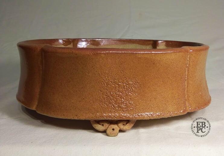 Miroslav Znamenáček - 24cm; Glazed; Mokko; Intricate Glaze; Light Brown; Peach; Orange Hues; Delicate Carved Feet.