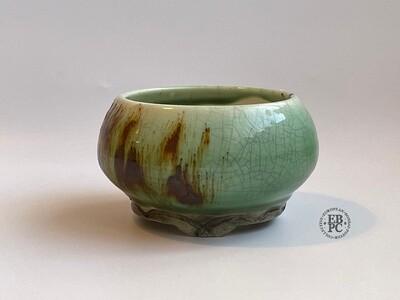 EBL Pots - Porcelain; 9.5cm; Shohin / Accent pot; Round; ;Celadon; Volcanic Sand; Detailed feet; Elsebeth Ludvigsen