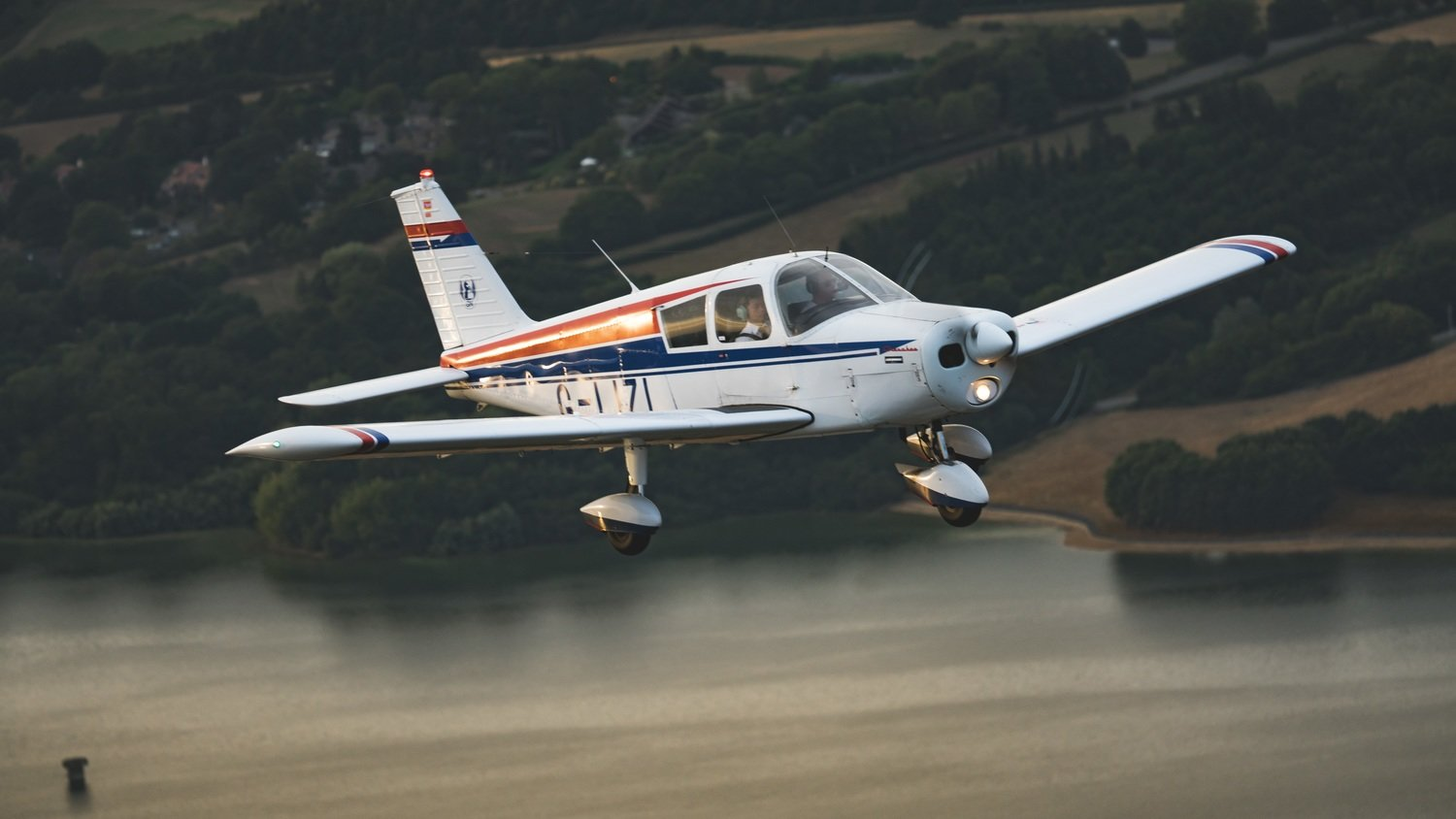 60 Minute Trial Flying Lesson for Two People.