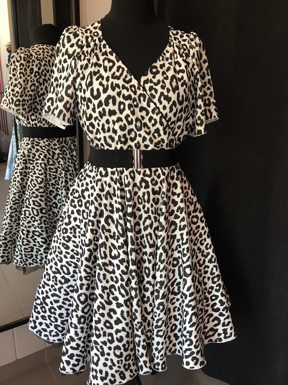 Black & White Leopard