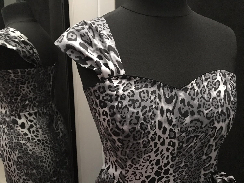 Sarong Leopard Gray