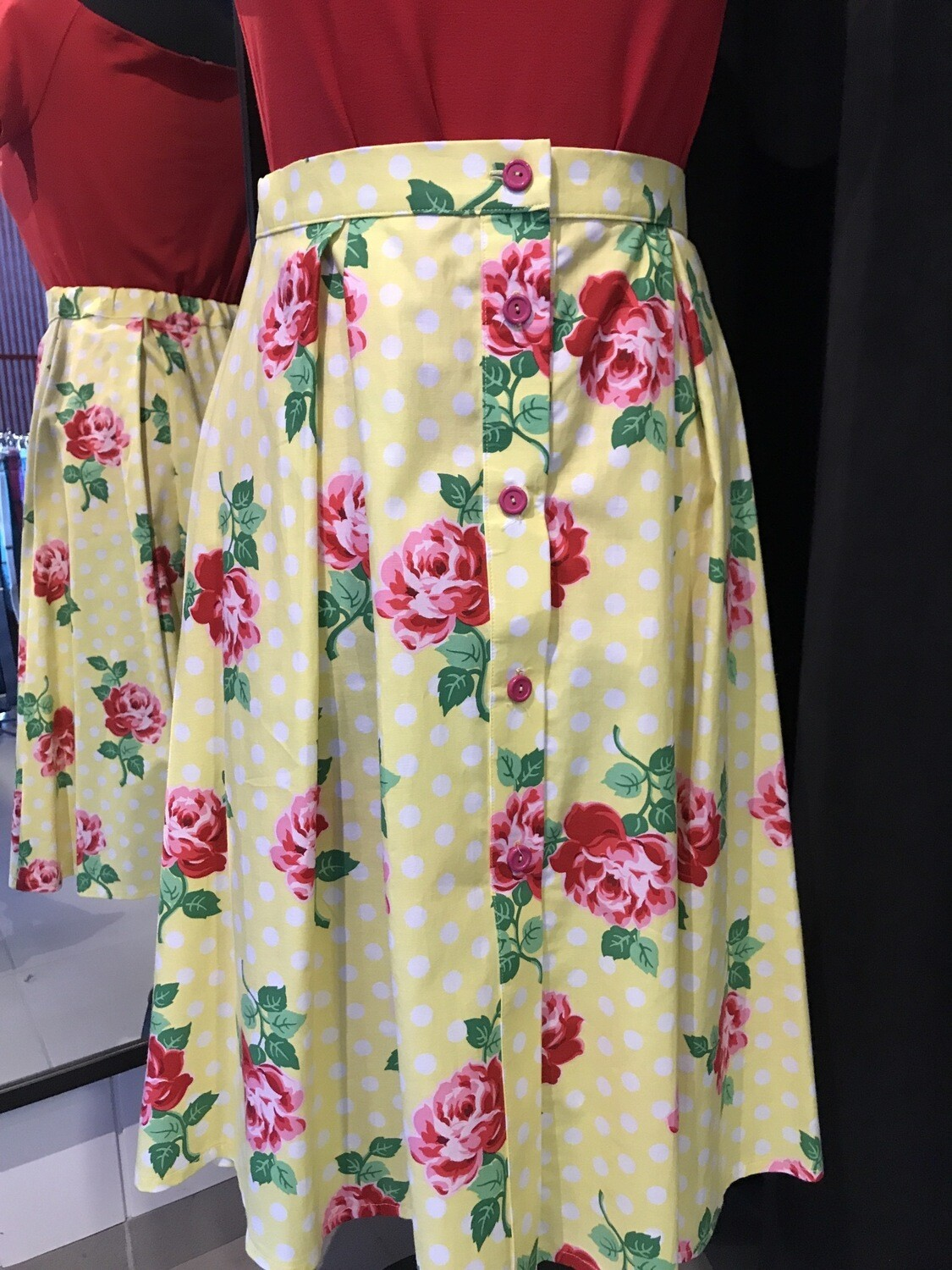 Roses Button Skirt