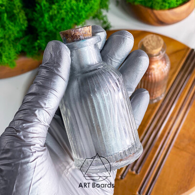 Natural pigment aluminum