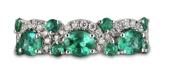 Gregg Ruth 18KT White Gold Emerald Diamond Ring