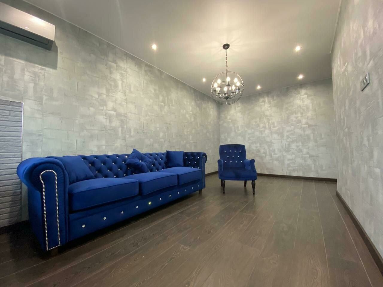 Комплект диван и кресло
