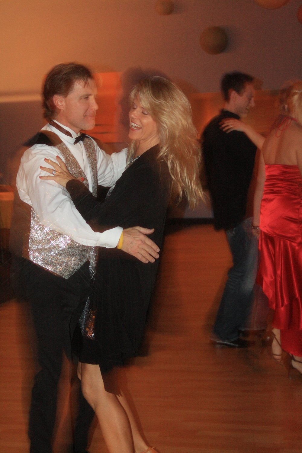 5 private ballroom or wedding dance lessons