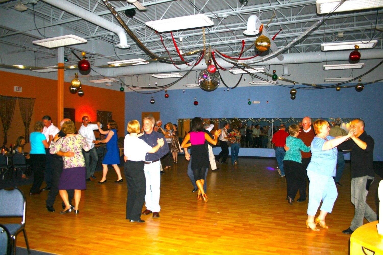 5 private dance lessons plus 5 open group dances