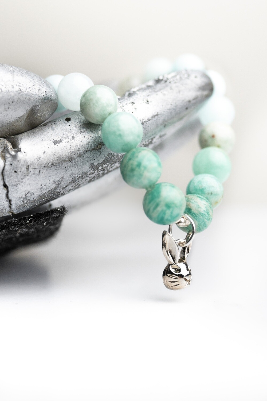 """Браслет """"Аліса у Дивокраї"""" амазоніт /аквамарин / місячний камінь, срібло 925."""