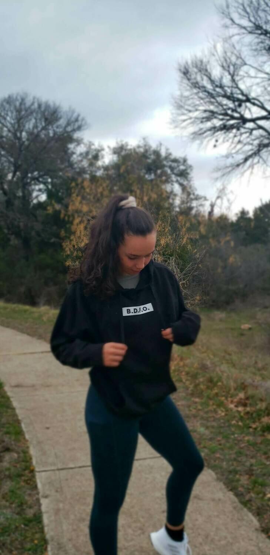 The Sweatshirt in Black (Unisex)