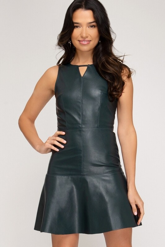 Dress |Faux-Leather-Trumpet-Dress